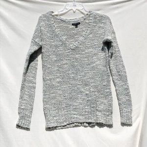 AE gray knit chunky sweater size M metallic